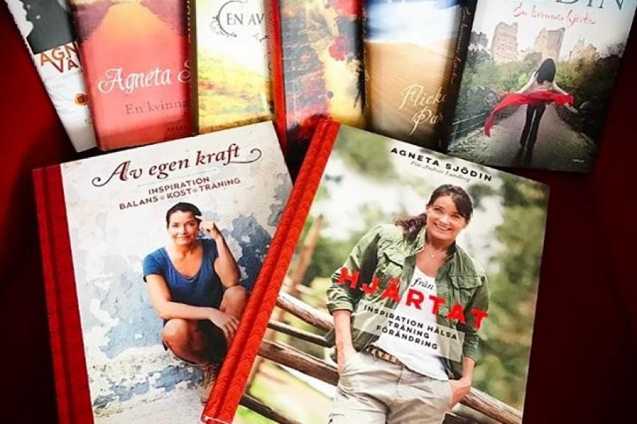 """Nu i veckan finns min senaste och 8:e bok att köpa i handeln. """"Från Hjärtat"""" Här är mina samlade verk så här långt  Så många minnen, så mycket tid bakom varje bok och var och en med sin egen speciella betydelse för mig  Min senaste bok """"Från Hjärtat"""" är en fristående uppföljare till """"Av egen kraft"""" – den boken handlar mycket om att bygga upp en bra relation till dig själv. Att lära dig att älska och respektera dig själv precis som du är! En viktig grundsten!  Den här boken """"Från Hjärtat"""" handlar om nästa steg, att vara en bra medmänniska. Allt ifrån att sprida bra stämning på jobbet, ett trevligt leende till de du möter,  lyhörd och inkännande med dina nära och kära. Helt enkelt vara den där förebild som du själv önskar se och möta, utan att för den saken skull vara naiv och godtrogen  Men vi kan verkligen göra så mycket i det lilla. Om du har lagt den första grundstenen så är det lättare att ta nästa steg. Att sträcka ut och sprida allt det där vackra som finns inom dig, och i oss alla  Det finns också en del inspirerande övningar med mitt favoritredskap, gummiband, som jag gör tillsammans med min dotter @majastromstedt Det är kul att träna tillsammans, extra kul med sina barn  @photographer_andreaslundberg har varit med mig i Etiopen, Sverige, Frankrike, ute på Fortet och tagit fantastiska bilder. Hoppas ni ska tycka om den! Det heter """"från Hjärtat"""" och det är verkligen precis vad den är! Allt gott och många kramar #böcker #avegenkraft #frånhjärtat #inspiration #förändring #medmänsklighet #kärlek #träning #hälsa #världen #livet #kram #semicförlag"""