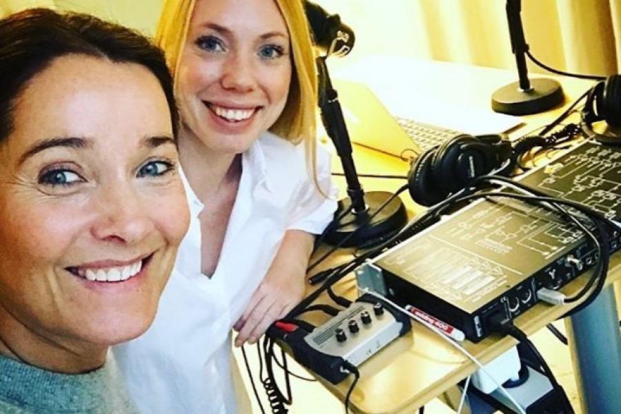 """Samtalat med journalisten Anna Hegestrand @annahegestrand om mitt 2017 – alla äventyr jag ska ut på i världen med """"The Explorers"""", den inre resan, utmaningar, balans och livet i största allmänhet  Podden """"Livshjulet"""", där jag medverkar, finns att lyssna på från och med 11/1 Trevlig helg och kram! #acaststories #livshjulet #intervju #samtal #livet #utmaningar #äventyr #balans #podcast #podd #trevlighelg #kram"""